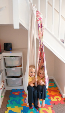 LYCRA CUDDLE SWING